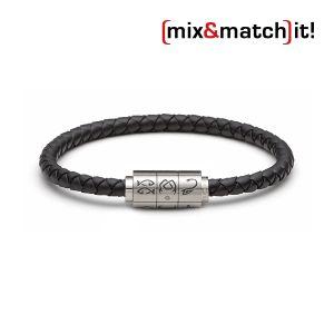 """Gesamtansicht eines Armbandes aus schwarzem Kautschuk mit Sternzeichen """"Krebs"""" und einem kleinen Diamanten von MONOMANIA. > Armband mit Sternzeichen """"Krebs"""" und gesetztem Diamant wird mit einem schwarzen, geflochtenen Kautschukband kombiniert."""